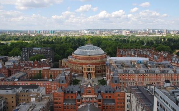 نمایی از دانشگاه امپریال کالج لندن - انگلیس
